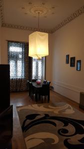 Apartment Neftchilar Prospect 5, Apartmány  Baku - big - 18