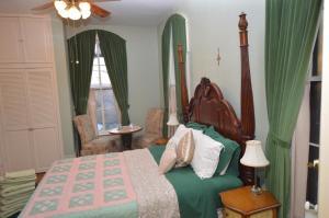 Deluxe Double Room - Mills Room