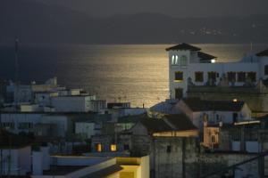 Hostal El Asturiano, Guest houses  Tarifa - big - 34