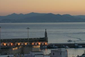 Hostal El Asturiano, Guest houses  Tarifa - big - 26