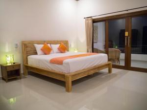d'Sawah Amed Homestay & Warung