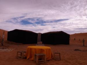 Camel Bivouac Merzouga, Campeggi di lusso  Merzouga - big - 52