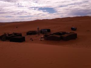 Camel Bivouac Merzouga, Campeggi di lusso  Merzouga - big - 47