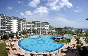 Emerald Resort Studios