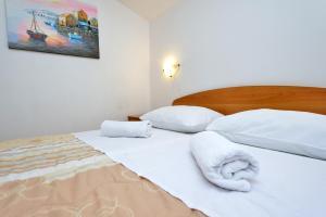Villa Jurac, Apartmány  Povljana - big - 62