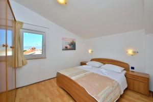 Villa Jurac, Apartmány  Povljana - big - 70