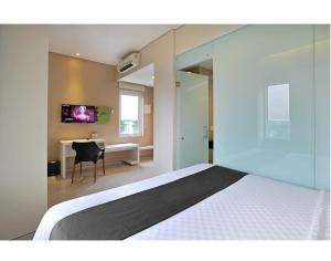 The Life Hotels City Center, Hotels  Surabaya - big - 6
