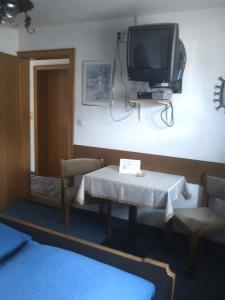 Beim Rudl, Bed & Breakfast  Ehrwald - big - 4