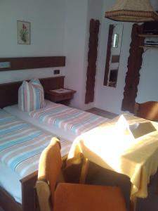 Beim Rudl, Bed & Breakfast  Ehrwald - big - 2