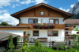 Beim Rudl, Bed and breakfasts  Ehrwald - big - 19