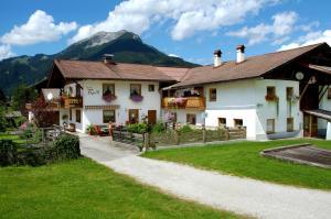 Beim Rudl, Bed and breakfasts  Ehrwald - big - 20