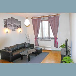 Popa Apartment
