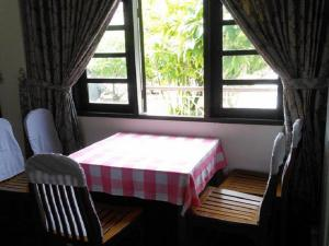 Attran Hotel, Hotels  Mawlamyine - big - 14