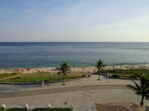 Flats com vista no Recreio, Aparthotels  Rio de Janeiro - big - 17