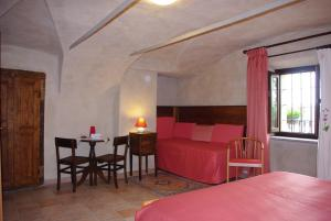 Hotel Ristorante La Font, Hotel  Castelmagno - big - 11