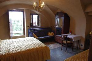 Hotel Ristorante La Font, Hotel  Castelmagno - big - 12