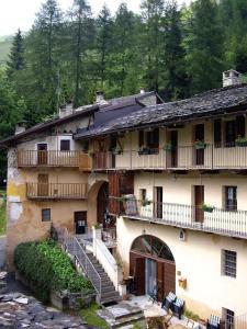 Hotel Ristorante La Font, Hotel  Castelmagno - big - 31