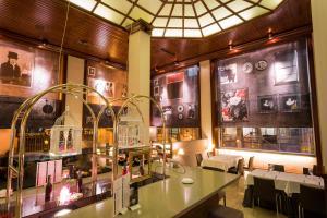 Ayre Hotel Astoria (3 of 48)