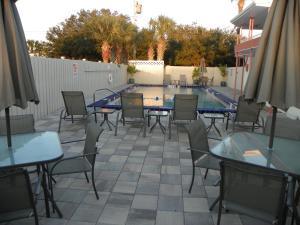 Island Shores Inn, Мотели  Сент-Огастин - big - 49