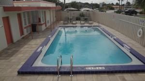 Island Shores Inn, Мотели  Сент-Огастин - big - 42