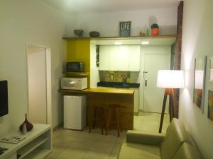 apartment with side sea view 702