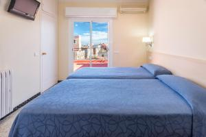Superior Double or Twin Room with Private Bathroom