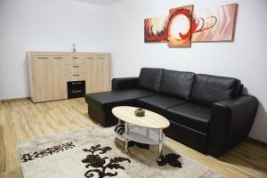 Grand'Or Home Loft, Apartments  Oradea - big - 77