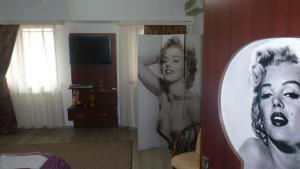 4 ApartsHotel Galati Faleza, Ferienwohnungen  Galaţi - big - 32