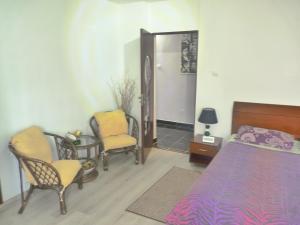 4 ApartsHotel Galati Faleza, Ferienwohnungen  Galaţi - big - 65