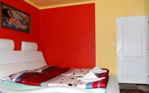 Villa Anastazis - Penzion Eden, Guest houses  Karlovy Vary - big - 42