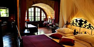 S. Nikolis Hotel (13 of 54)