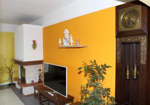 Villa Anastazis - Penzion Eden, Guest houses  Karlovy Vary - big - 18