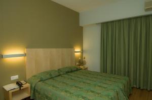 Kronos Hotel, Szállodák  Platamónasz - big - 8