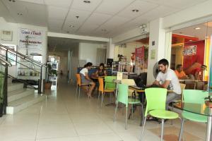 City Corporate Inn, Hotels  Iloilo City - big - 14