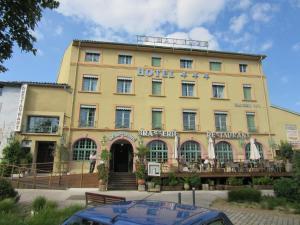 Hôtel Le Sauvage, Szállodák  Tournus - big - 37