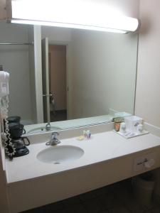 Standard Room - Disability Access/Smoking