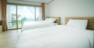 Bowhill Hostel & Pension, Resort  Seogwipo - big - 8