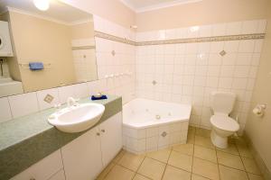 Lorne Ocean Sun Apartments, Appartamenti  Lorne - big - 14