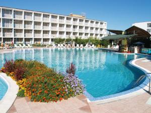 Balaton Hotel, Szállodák  Napospart - big - 39