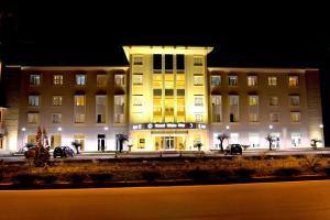 Grand White City Hotel, Отели  Берат - big - 39