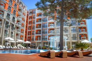 Harmony Palace, Aparthotely  Slunečné pobřeží - big - 1