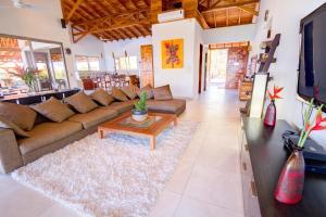 Cala Luxury vacation Homes, Villák  Santa Teresa Beach - big - 10