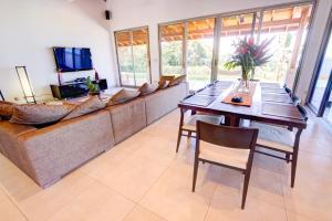 Cala Luxury vacation Homes, Villák  Santa Teresa Beach - big - 6