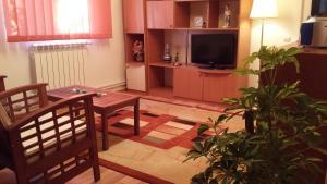 Apartment Jardin, Апартаменты  Бухарест - big - 1