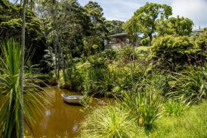 Kowhai Close Accommodation, Guest houses  Oneroa - big - 6