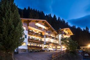 Hotel La Pineta - AbcAlberghi.com