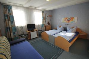 Gasthof Pension Lumme, Affittacamere  Winterberg - big - 9