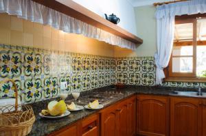 Rotes, Dovolenkové domy  Cala Ferrera - big - 23