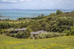 Kowhai Close Accommodation, Guest houses  Oneroa - big - 34