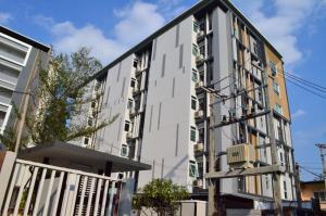 Pansook The Urban Condo, Apartmanok  Csiangmaj - big - 42